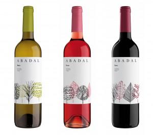 Imagen. Bodegas Abadal presenta su gama de vinos: Abadal Blanc, Abadal Rosat y Abadal Franc.