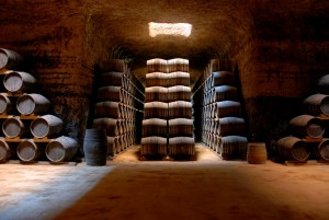 Imagen cueva de crianza. Bodegas Verum