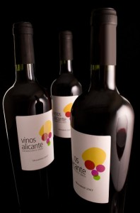 Alicante recoge 31 millones de kilos de uva para sus vinos con DOP en 2015