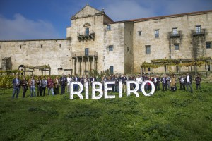 Imagen. La D.O. Ribeiro graba su anuncio para estas navidades. Miembros del Ribeiro en San Clodio.