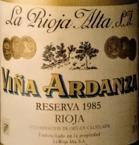 Imagen. Antigua etiqueta de Viña Ardanza 2005.