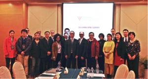Imagen. Miembros de las delegaciones china y europea. Decanter Shanghai