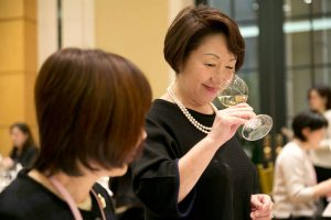Dña. Yumi Tanabe Presidenta SAKURA