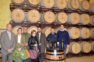 El Agregado Comercial y Consejero de la Embajada de EE.UU, Keith Silver visitó Bodega Iniesta