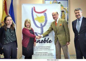 Convenio de colaboración de Vinoble 2016 con el Ayuntamiento de Jerez