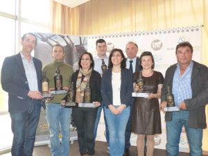 Foto de todos los premiados en la XXII Cata dos Viños da Ribeira Sacra, y del Presidente del Consello Regulador.