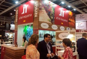 La DO Utiel-Requena participó en la feria Vinexpo Hong-Kong