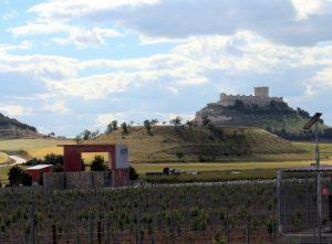 Vistas panorámicas al valle y al castillo de Peñafiel.