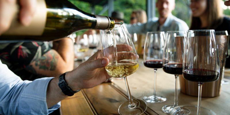 Descubre nuevos vinos, disfruta de ellos con moderación - VINOS DIFERENTES